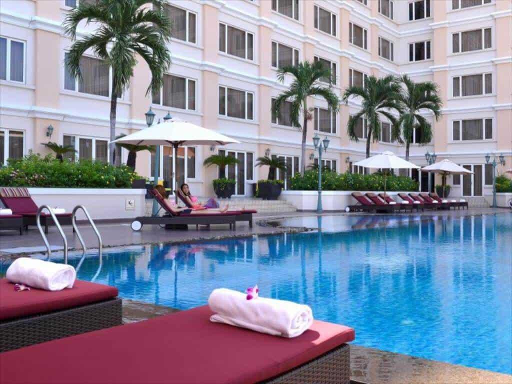 Top 05 Hồ Bơi Đẹp Sang Chảnh Tại Thành Phố Hồ Chí Minh - hồ bơi đẹp - Anna Spa | Hồ bơi Equatorial | Hồ bơi Landmark 15