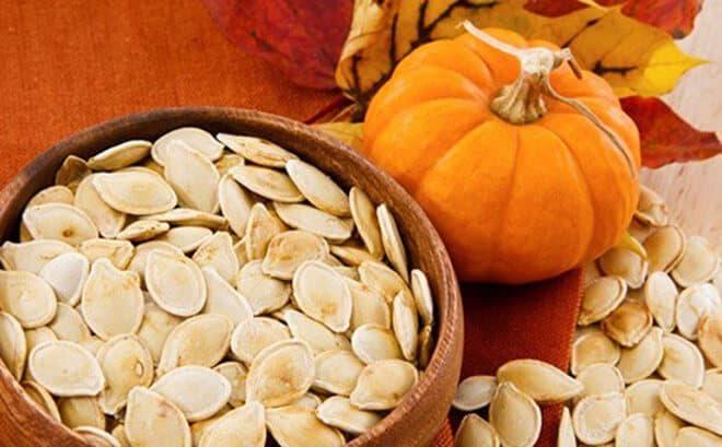 Hạt Bí Ngô thuộc top danh sách các loại hạt tốt cho sức khỏe