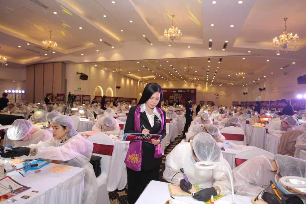 Top 08 Địa Chỉ Dạy Phun Xăm, Thêu, Điêu Khắc Chân Mày Tại HCM - Master Đồng Bảo Trâm