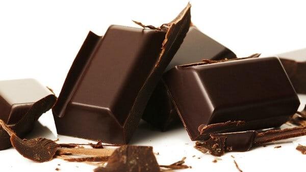 Top 09 Thực Phẩm Bổ Máu Nên Có Trong Mỗi Bữa Ăn - - Đậu Lăng | Hạt Bí Ngô | Socola Đen 21