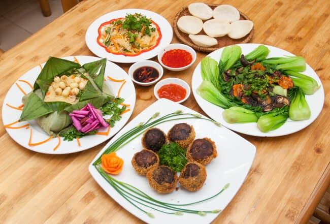 Top 08 Địa Chỉ Quán Cơm Chay Ngon Tại TPHCM - địa chỉ quán cơm chay ngon - Cơm Chay Tịnh Tâm 1