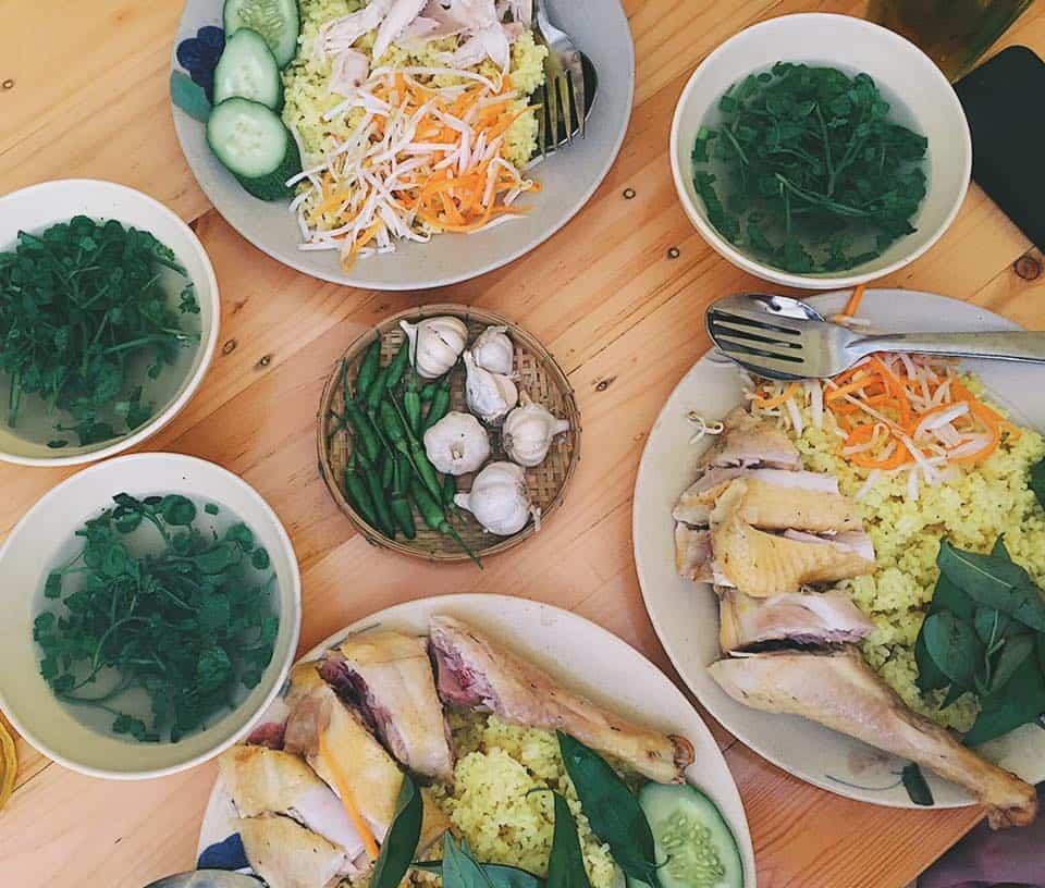 Top 09 Tiệm Cơm Gà Ngon Nhất Tại TP Hồ Chí Minh -  - Cây Bàng Đỏ - Cơm Gà Quay Chảo | Cơm gà Bà Luận Tam Kỳ | Cơm Gà Da Giòn 23