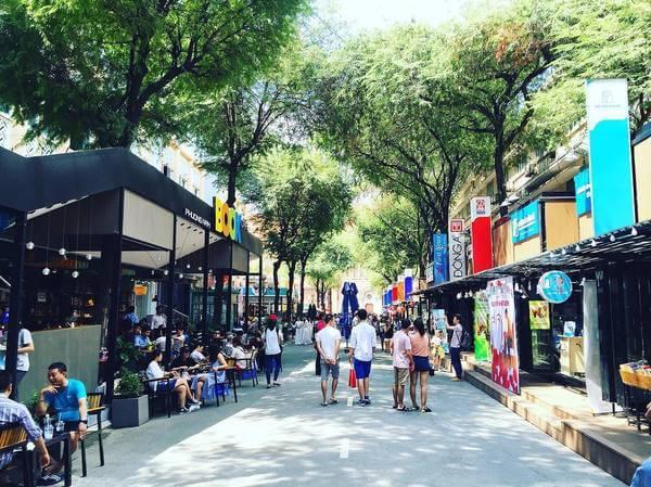Top 09 Địa Điểm Vui Chơi Tại Quận 1, HCM Không Thể Bỏ Qua -  - Chợ Bến Thành | Công viên 30 - 4 | Công viên Tao Đàn 19