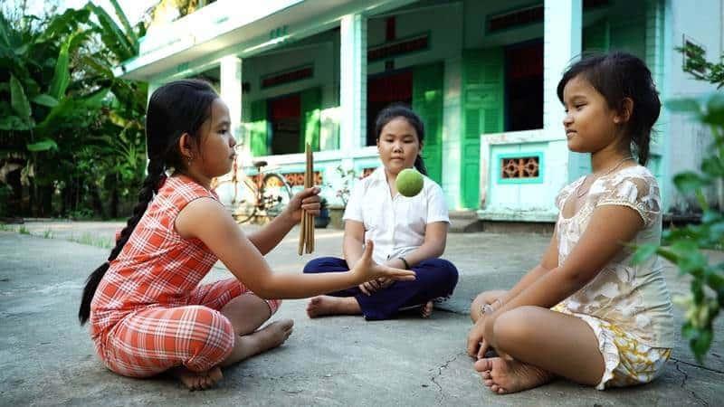 Banh đũa trò chơi dân gian gắn liền với tuổi thơ