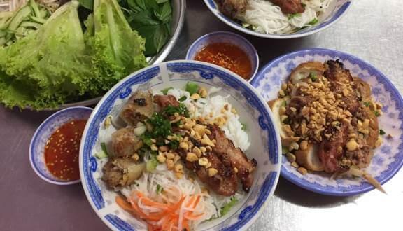 - Top 07 Tiệm Bún Thịt Nướng Ngon Tại Hồ Chí Minh