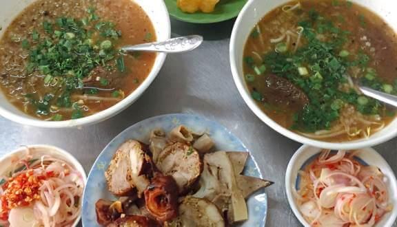 Top 6 Quán Cháo Lòng Ngon Giá Rẻ Tại Quận 7 Tp. Hồ Chí Minh 2