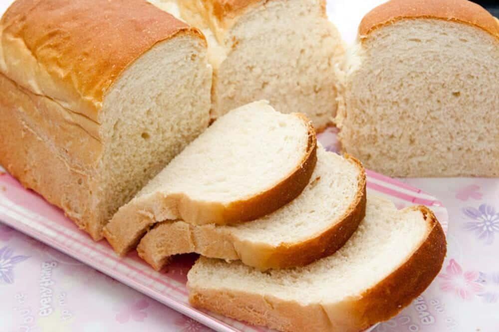 Top 9 Thực Phẩm Cần Tránh Trong Giai Đoạn Giảm Cân - - Bánh mì trắng | Bánh ngọt | Cơm 27