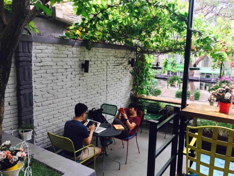 Top 07 Quán Cà Phê Nhiều Cây Xanh Tại Hồ Chí Minh -  - Cafe bản Sonate | Café Terrace | Fly Cupcake Garden 41