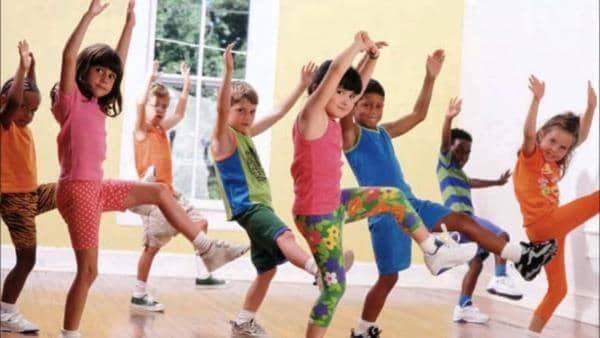 Top 07 Lợi Ích Tuyệt Vời Cho Trẻ Khi Học Nhảy ZUMBA 2