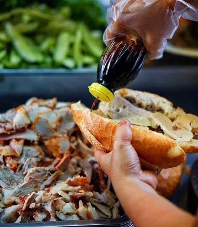 Top 5 Quán Bánh Mì Lâu Đời Vẫn Giữ Chân Khách Hàng Tại Sài Gòn -  - Bánh mì Bảy Hổ | Bánh mì chả cá Nguyễn Bỉnh Khiêm | Bánh mì Hòa Mã 23