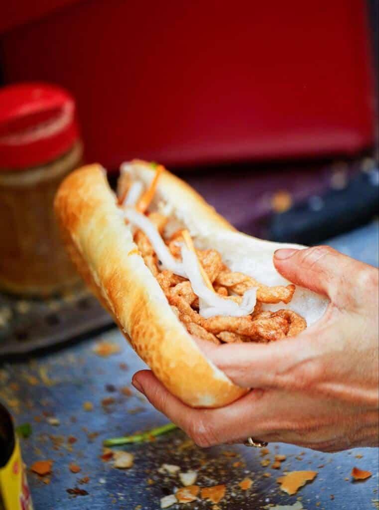Top 5 Quán Bánh Mì Lâu Đời Vẫn Giữ Chân Khách Hàng Tại Sài Gòn -  - Bánh mì Bảy Hổ | Bánh mì chả cá Nguyễn Bỉnh Khiêm | Bánh mì Hòa Mã 39