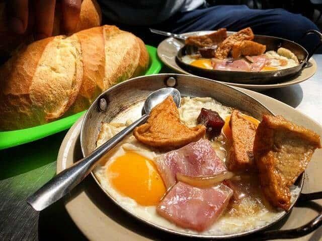 Top 5 Quán Bánh Mì Lâu Đời Vẫn Giữ Chân Khách Hàng Tại Sài Gòn -  - Bánh mì Bảy Hổ | Bánh mì chả cá Nguyễn Bỉnh Khiêm | Bánh mì Hòa Mã 27