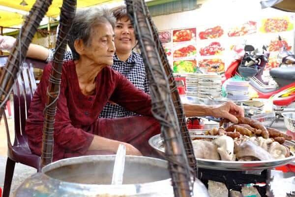Top 6 Con Phố Ẩm Thực Nổi Tiếng Tại Sài Gòn Bạn Nhất Định Phải Đến -  -  23