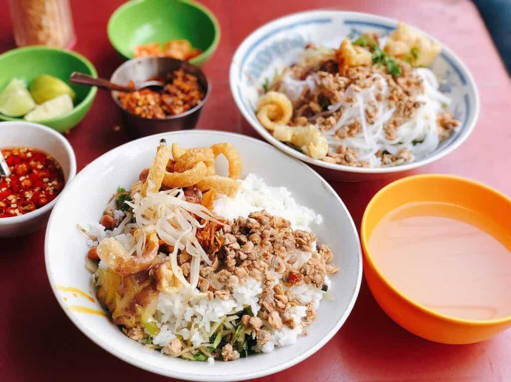 Top 6 Con Phố Ẩm Thực Nổi Tiếng Tại Sài Gòn Bạn Nhất Định Phải Đến -  -  33