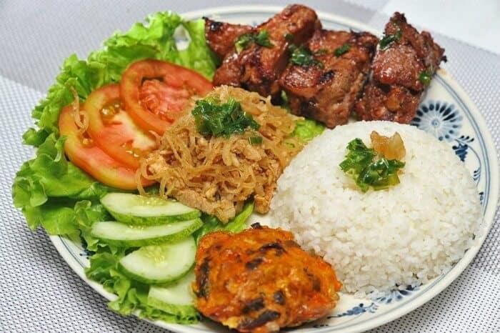 Top 5 Món Ăn Bạn Nhất Định Phải Thử Một Lần Khi Đến Sài Gòn 1
