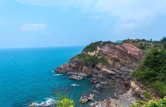 - Top 07 Hòn Đảo Đẹp Tựa Thiên Đường Của Việt Nam