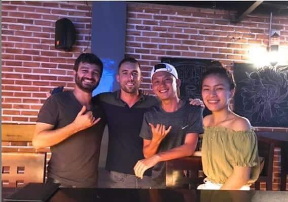 Top 05 Địa Điểm Giúp Tăng Khả Năng Giao Tiếp Tiếng Anh Ở Đà Nẵng - giao tiếp tiếng anh - Bamboo 2 Bar | Đà Nẵng | Golden Pine Pub 37