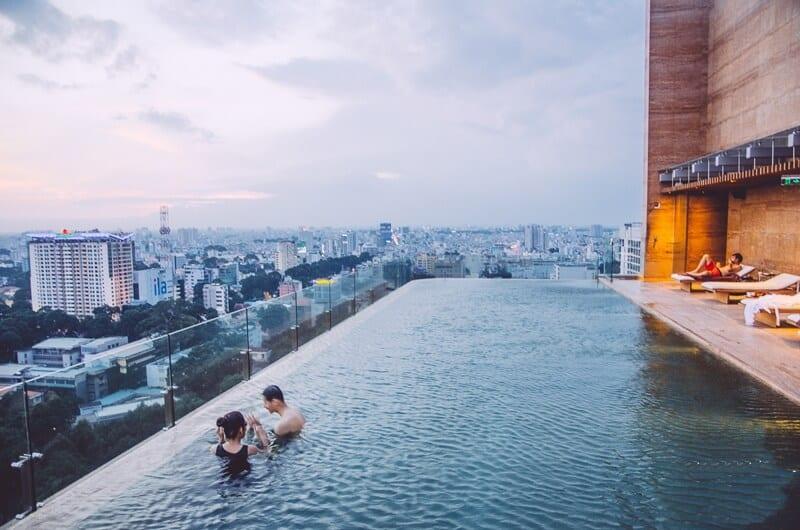 Top 10 Bể Bơi Sang Chảnh Bậc Nhất Sài Gòn 2