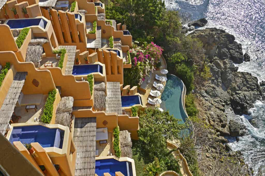 Khách sạn Cala De Mar Resort & Spa Ixtapa, Mexico có gì hot?