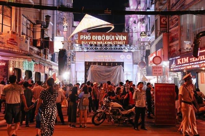 Top 5 Địa Điểm Vui Chơi Về Đêm Được Nhiều Người Lựa Chọn Ở Sài Gòn 4