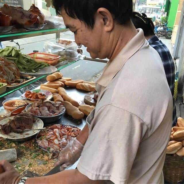 Top 5 Quán Bánh Mì Lâu Đời Vẫn Giữ Chân Khách Hàng Tại Sài Gòn -  - Bánh mì Bảy Hổ | Bánh mì chả cá Nguyễn Bỉnh Khiêm | Bánh mì Hòa Mã 21
