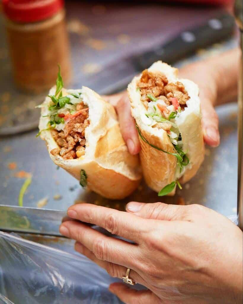 Top 5 Quán Bánh Mì Lâu Đời Vẫn Giữ Chân Khách Hàng Tại Sài Gòn -  - Bánh mì Bảy Hổ | Bánh mì chả cá Nguyễn Bỉnh Khiêm | Bánh mì Hòa Mã 37