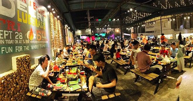 - Top 5 Nhà Hàng Nướng BBQ Thu Hút Giới Trẻ Tại Sài Gòn