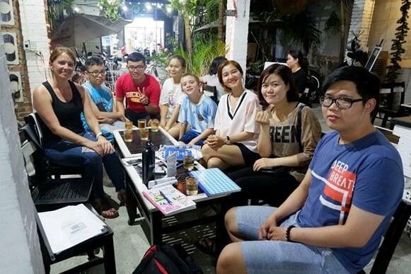 Top 05 Địa Điểm Giúp Tăng Khả Năng Giao Tiếp Tiếng Anh Ở Đà Nẵng - giao tiếp tiếng anh - Bamboo 2 Bar | Đà Nẵng | Golden Pine Pub 21