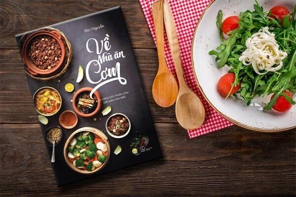 - Top 05 Cuốn Sách Dạy Nấu Ăn Dành Cho Những Bà Nội Trợ