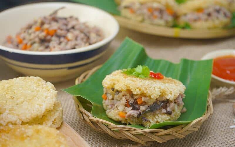 Top 5 Món Ăn Vặt Có Giá Sinh Viên Tại Sài Gòn -  - Bánh tráng cuốn sốt bơ me | Bánh tráng trộn | Gỏi khô bò 35