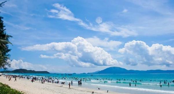 Top 7 Địa Điểm Du Lịch Lý Tưởng Nhất Cho Dân Bơi Tại Đà Nẵng -  - Bãi biển Bắc Mỹ An | Bãi biển Mỹ Khê | Công Viên Suối Khoáng Nóng Núi Thần Tài 37