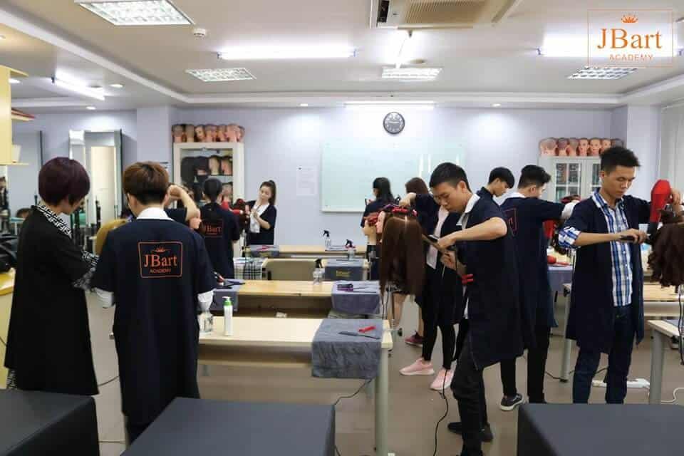 Top 10+ Trung Tâm Dạy Học Nghề Cắt Tóc Uy Tín, Chất Lượng Nhất Tại TPHCM - học nghề cắt tóc - Quận 1 | Quận 10 | Quận 12 151