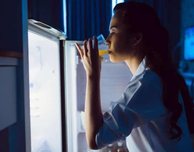 Top 7 Sai Lầm Bạn Thường Mắc Phải Khi Uống Nước Cam -  - Quả Cam 17