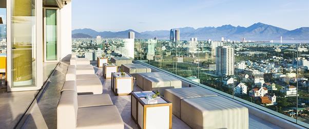 Top 5 Quán Cafe Bar Sân Thượng Có View Đẹp Nhất Đà Nẵng -  - Brilliant Top Bar – Brilliant Hotel Da Nang | Café Bar Skye36 | Coffee Bar Sunset 35