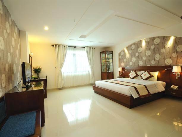 Top 5 Khách Sạn 4 Sao Sang Chảnh Tại TP HCM 4