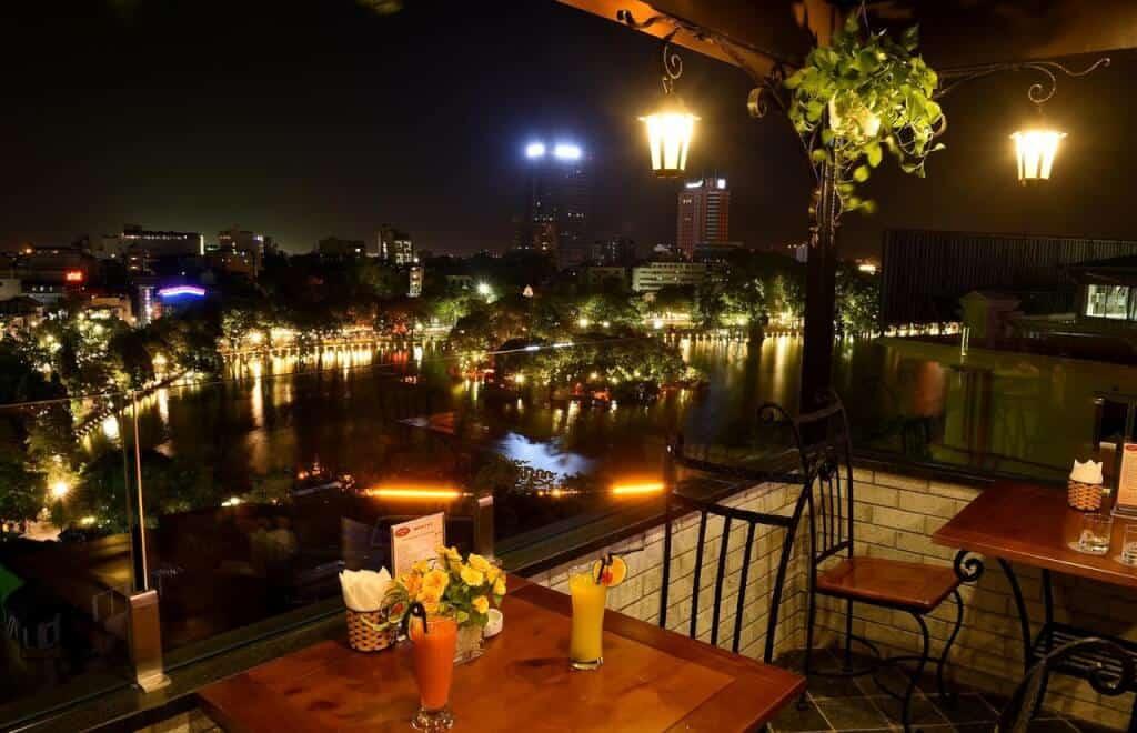 Top 5 Khách Sạn Dành Cho Gia Đình Tốt Nhất Tại Hà Nội -  - Centre Point Hanoi Hotel | Classic Street Hotel | Hà Nội 37