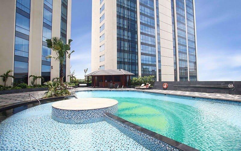Top 5 Khách Sạn Có Bể Bơi Sang Chảnh Tại Hà Nội - - Apricot Hotel | Crowne Plaza West Hanoi | Elegant Suites Westlake 37