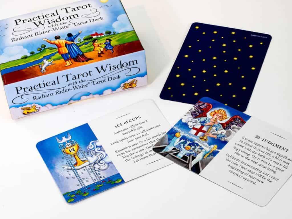 Top 12 Bộ Bài Tarot Dành Cho Người Mới Bắt Đầu - Bộ bài tarot dành cho người mới bắt đầu - Radiant Wise Spirit Tarot 1