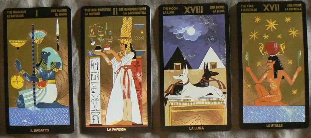 Shop bán bộ bài tarot lạ Nefertari's Tarot ở đâu