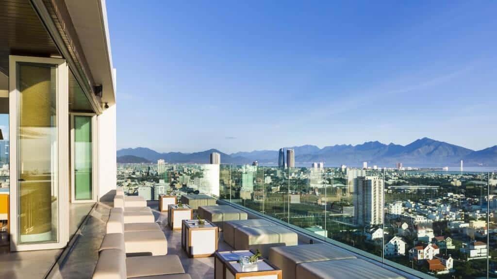 Top 7 Khách Sạn Có View Đẹp Để Check In Tại Đà Nẵng 1
