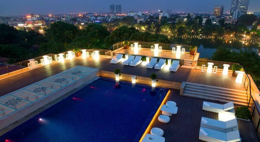 Top 5 Khách Sạn Có Bể Bơi Sang Chảnh Tại Hà Nội - - Apricot Hotel | Crowne Plaza West Hanoi | Elegant Suites Westlake 35