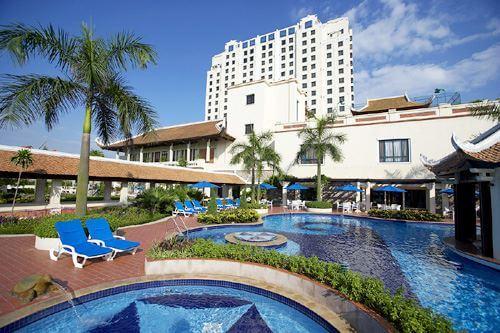 Top 5 Khách Sạn Có Bể Bơi Sang Chảnh Tại Hà Nội - - Apricot Hotel | Crowne Plaza West Hanoi | Elegant Suites Westlake 25