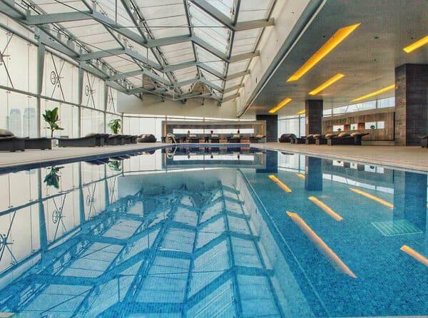 Top 5 Khách Sạn Có Bể Bơi Sang Chảnh Tại Hà Nội - - Apricot Hotel | Crowne Plaza West Hanoi | Elegant Suites Westlake 23
