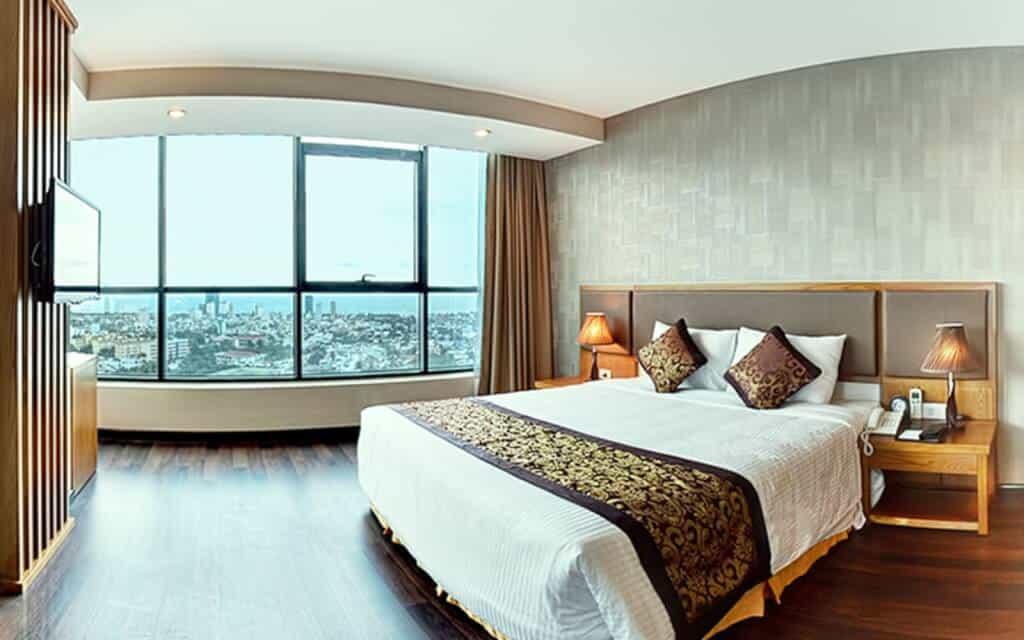 Top 7 Khách Sạn Có View Đẹp Để Check In Tại Đà Nẵng 10