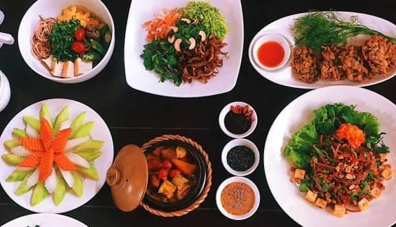 - Top 5 Quán Chay Ngon, Đông Khách Tại Đà Nẵng