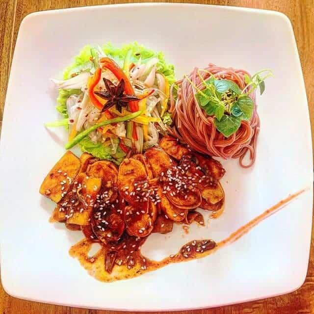 Top 5 Nhà Hàng Chay Ăn Là Nghiền Tại Tp. HCM -  - Ăn Chay | Đóa Sen Vàng | Nhà hàng chay Đậu Đỏ Vegan Bistro 43