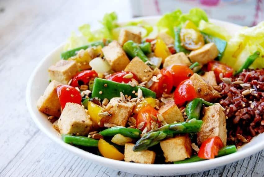 Top 5 Nhà Hàng Chay Ăn Là Nghiền Tại Tp. HCM -  - Ăn Chay | Đóa Sen Vàng | Nhà hàng chay Đậu Đỏ Vegan Bistro 39