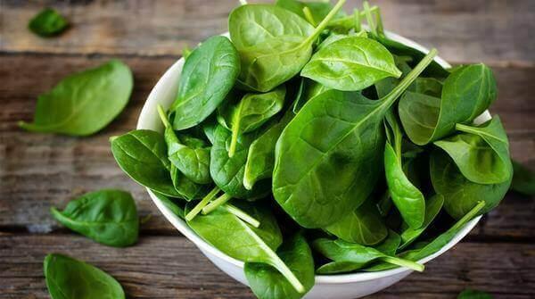 rau bina thực phẩm giúp phát triển chiều cao trẻ em