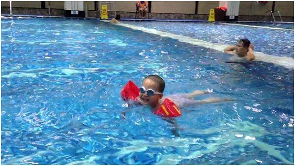 Top 10 Địa Chỉ Dạy Bơi Cho Trẻ Em Uy Tín Tại Hà Nội - địa chỉ dạy bơi cho trẻ em - Bể Bơi Bảo Sơn | Bể Bơi Bốn Mùa Tiến Đạt | Bể Bơi Bốn Mùa Times City 69