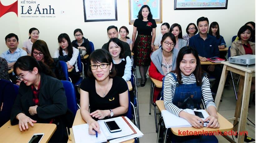 Top 10 Trung Tâm Đào Tạo Nghiệp Vụ Kế Toán Chuyên Nghiệp Tại Hà Nội - trung tâm đào tạo kế toán chuyên nghiệp - Công ty TNHH kế toán - thuế Liên Việt | Hà Nội | Kế Toán Hà Nội Group 37